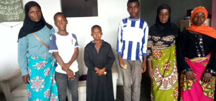 MASYAP Receives Donation For Orphans